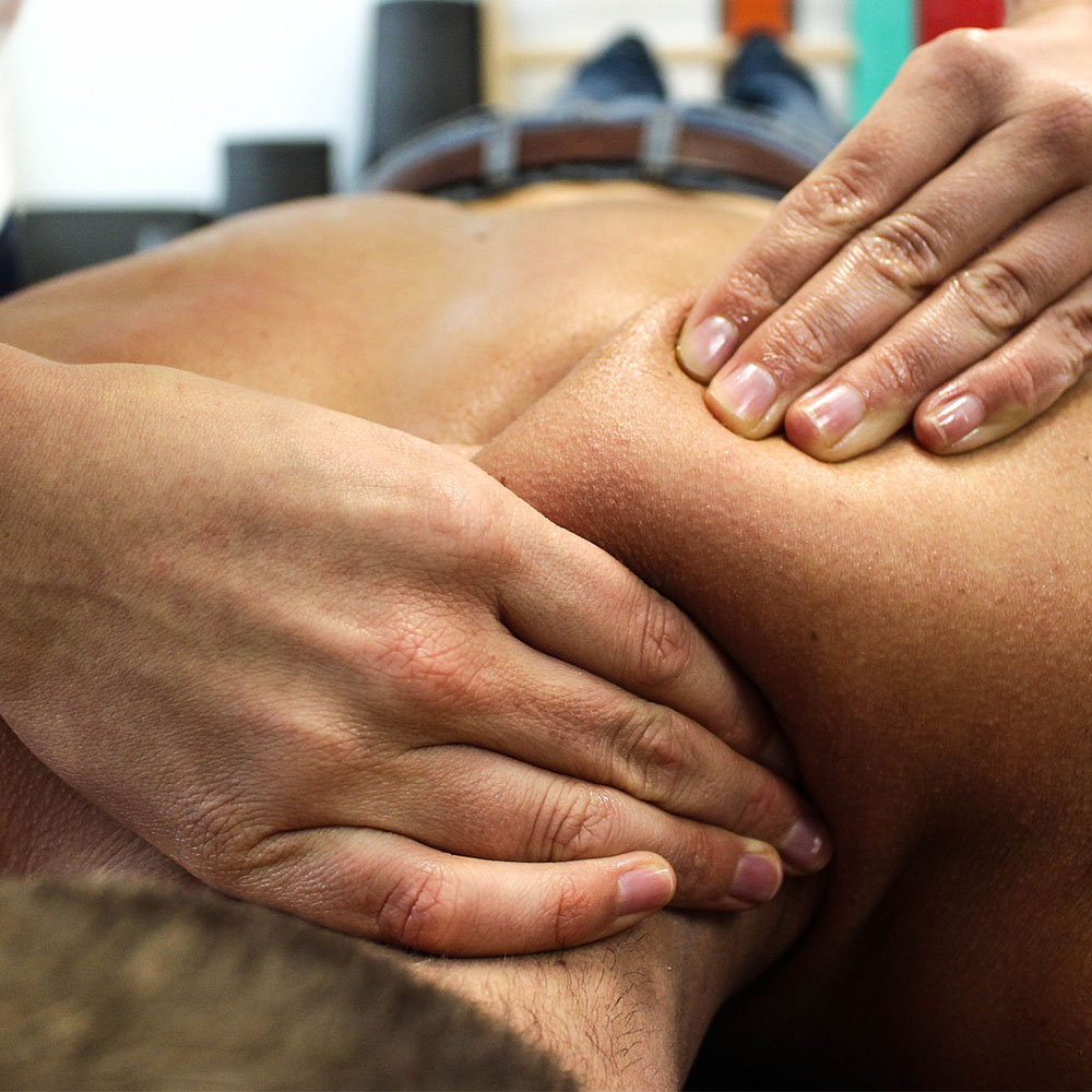 Chiropractic Clinics – Back Pain